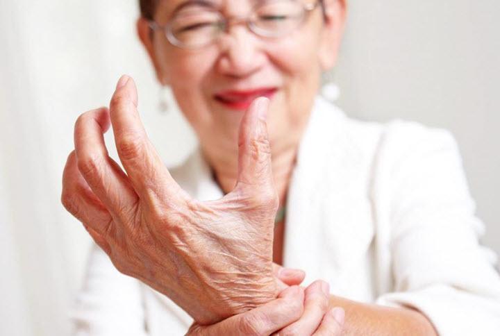 Суставные боли при артрите
